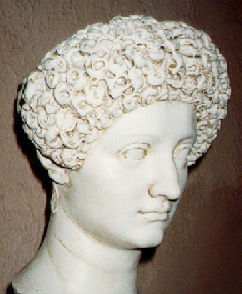 Julia Titi