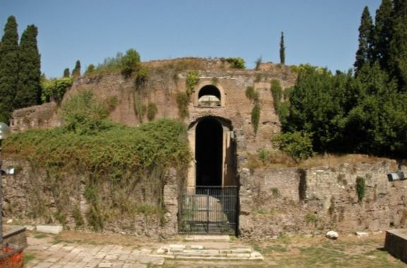 The Mausoleum-of-Augustus