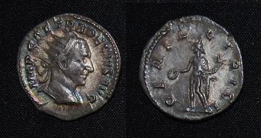 Trajan Decius AR Ant -R