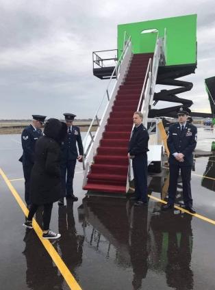 Ist an der Biden-Administration irgendetwas real? Wo ist das Flugzeug?